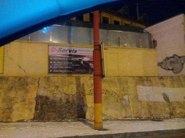 Zveľadenie múru pri Figare
