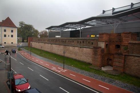 Rekonštrukcia hradobných veží a hradobného systému